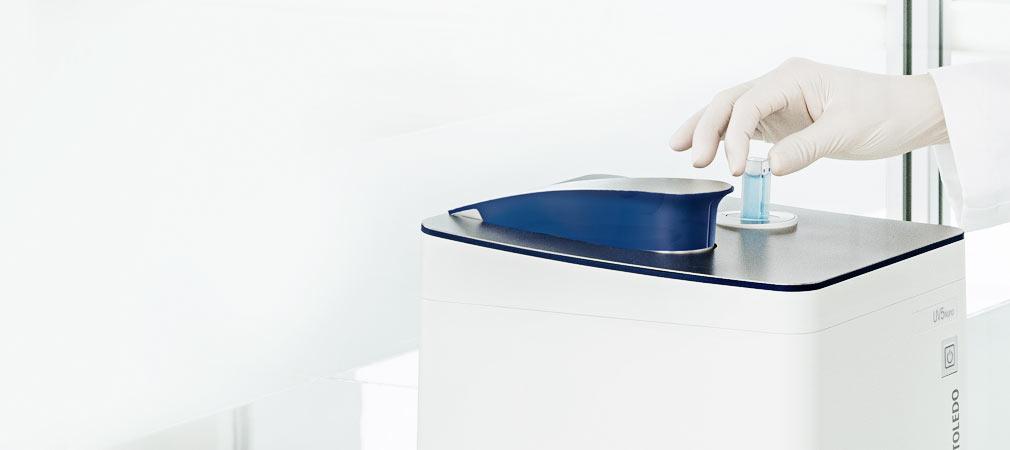 Spectrophotomètre UV Visible combinant mesures à cuve et à microvolume