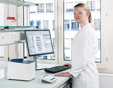 Equipment Qualification for UV/VIS Spectrophotometer