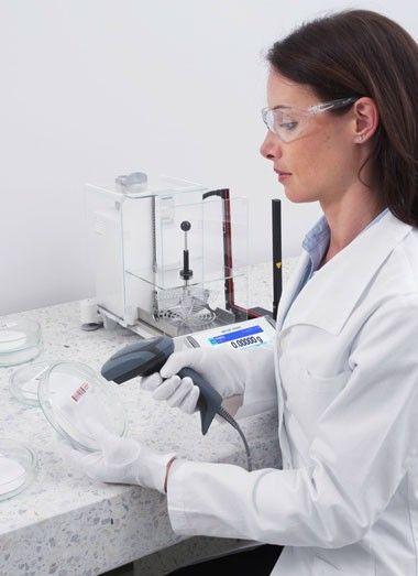 Лабораторные весы можно дополнить различными аксессуарами