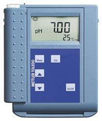 pH 1120X Portable pH Meter
