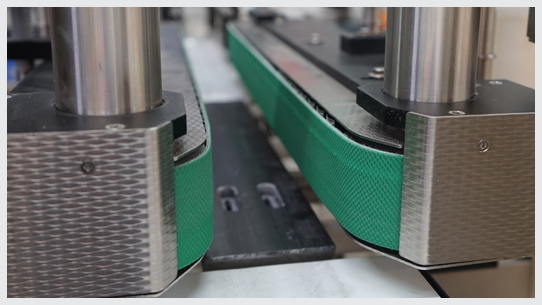 Sidegrip conveyors for flawless product transfer